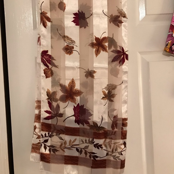 Accessories - Scarf. NWOT